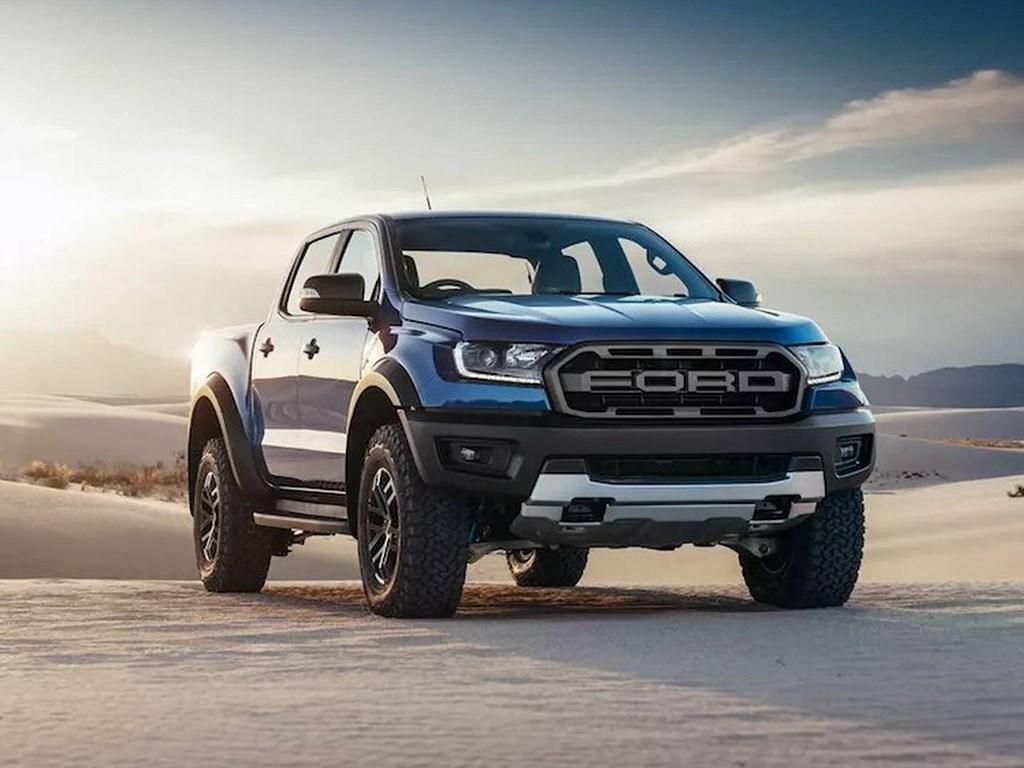 放不下了 数万辆无芯汽车囤积 通用福特宣布停产